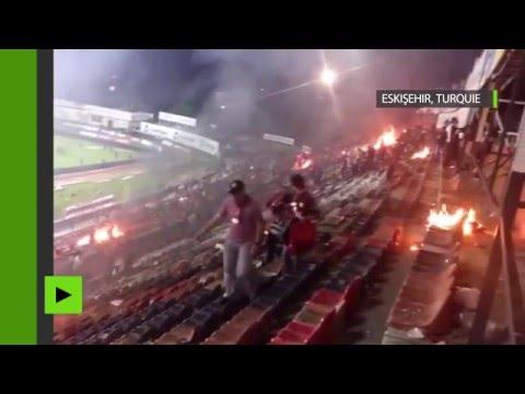 Locura total: no soportaron el descenso e incendiaron su estadio