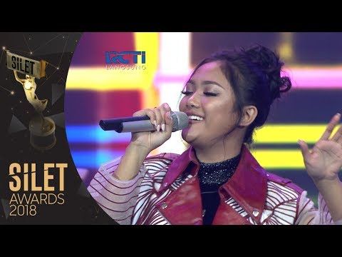 "Marion Jola ""So In Love"" 