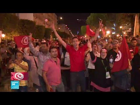التونسيون فخورون بديمقراطيتهم بعد انتخاب رئيس جديد للبلاد  - نشر قبل 2 ساعة
