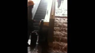 Inondation du metro George V aux Champs-Élysée, Paris