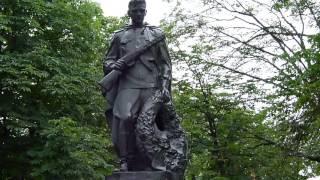 Памятник воинам Второй мировой войны, Новоукраинка, Украина