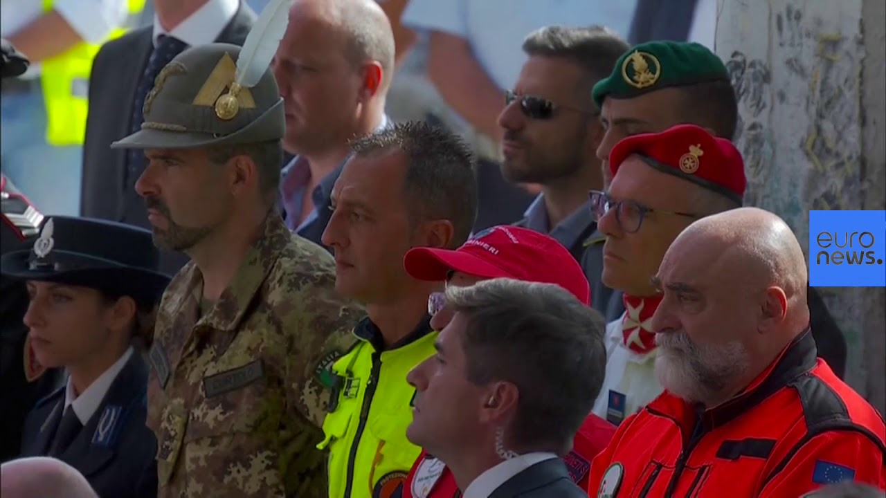 Euronews:Italy honours the 43 victims of the Genoa bridge disaster