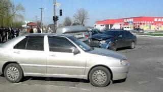 Павлоград, ДТП на ул. Степного фронта.avi(, 2011-04-22T10:01:37.000Z)