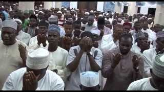 Nigerian Muslims Pray and Cry for Allah's intervention - Ramadan Al Qunut - An Nur Masjid
