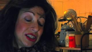 LA CRISIS DE MI VECINA (Trailer)