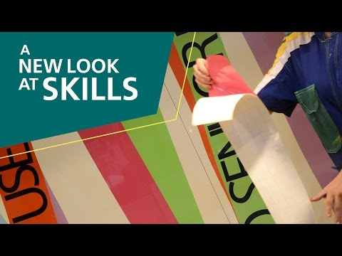 A New Look At Skills, 2015: 44 – Visual Merchandising and Window Dressing