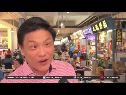 Local street food in Singapore awarded Michelin