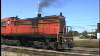 Great sounding Spruce Falls ALCO (MLW), does his switching chores, and finishes just in time.