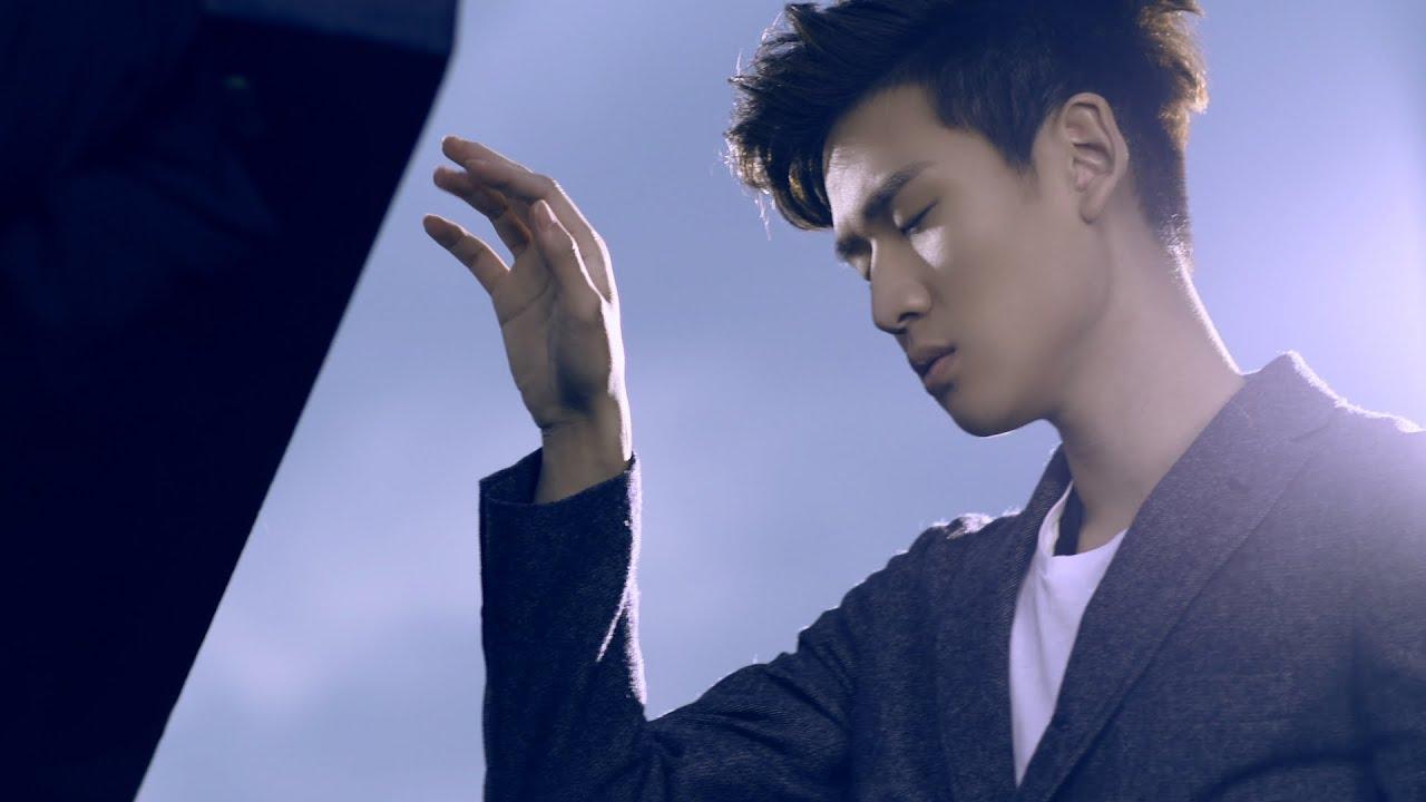 Eric周興哲《學著愛 My Way To Love》Official MV [1080P] 布穀鳥之窩-片尾曲 - YouTube