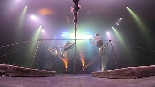 Paranormal Cirque - balance bars