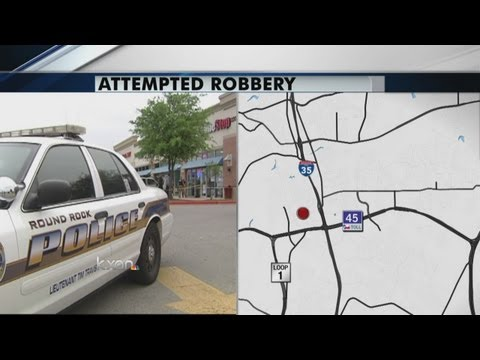 Jewelry store employee fires at robbers