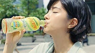 佐久間由衣 CM アクエリアスビタミン 「ZINGY LEMON」篇 佐久間由衣 動画 25