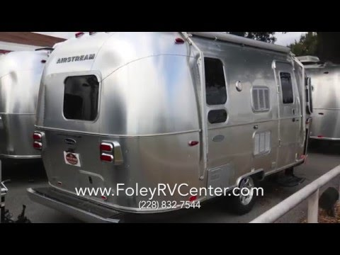 2016 Airstream Flying Cloud 19 CORNERBED