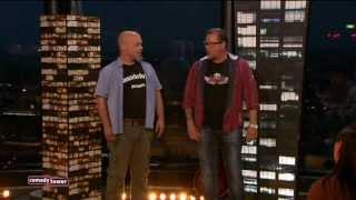 Mundstuhl streiten sich über fiese Schlagertexte! Und: Lars heizt mit Pinguinen - Comedy Tower