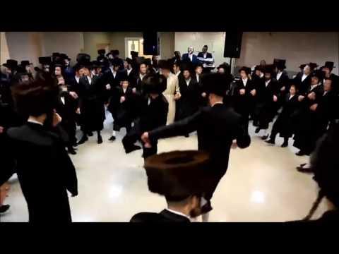 Jews dance to Meshuggah