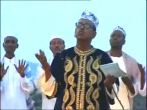 Omar Aden - Qasido - Dukhral Cusaati.flv thumbnail