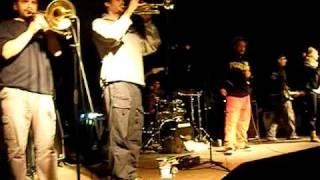 one drop-take me ganja away (larisa live).MP4