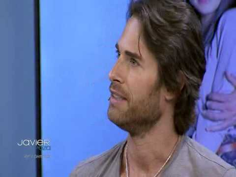 Javier poza entrevista a Sebastián Rulli y Pedro Moreno