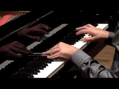 Beethoven | Piano Sonata no. 5 in C minor, op. 10 no. 1 (by Vadim Chaimovich)