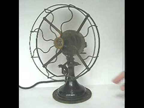 antique robbins myers oscillating fan ac dc 9 model. Black Bedroom Furniture Sets. Home Design Ideas