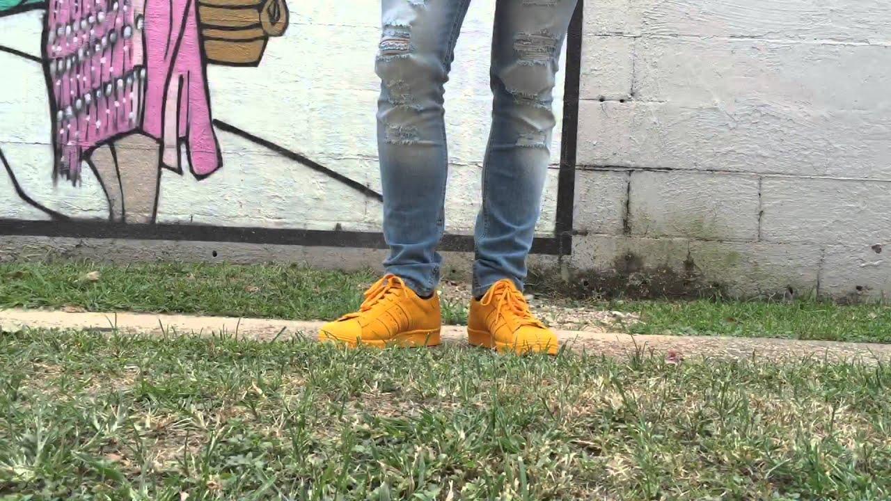 tienda en línea bastante barato otra oportunidad italy adidas superstar yellow on feet 2fabd 87b25