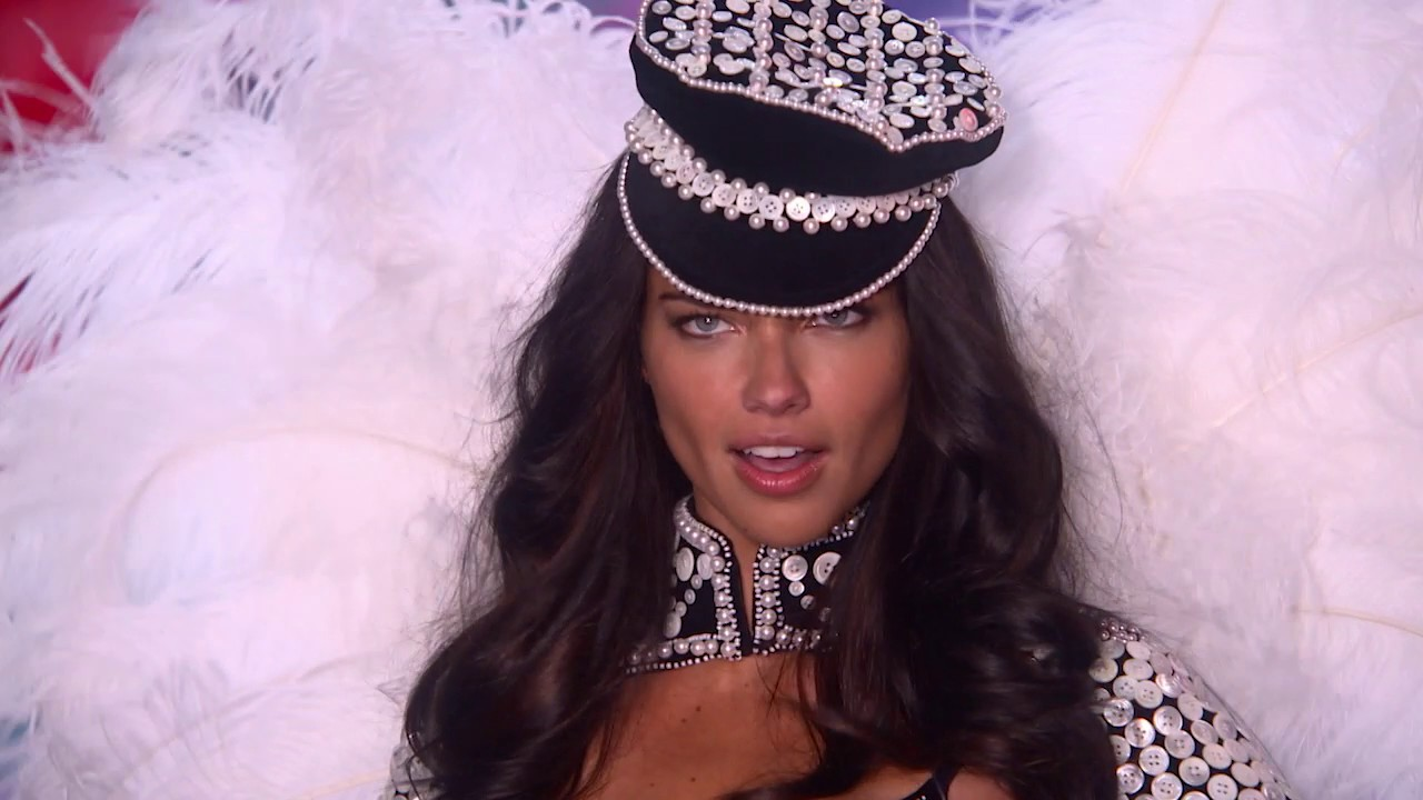 The 2016 Victoria's Secret Fashion Show: Adriana Lima's Road to the Runway