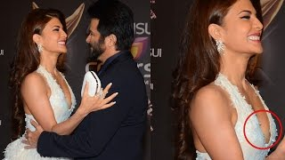 Jacqueline Fernandez's UGLY Wardrobe Malfunction | Colors Stardust Awards 2015
