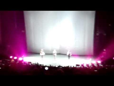 Black Heart - Stooshe live (25/6/2012)