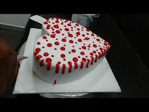 2kg-pineapple-cake-engagement-cake-heart-shape-cake-umesh-cake-master