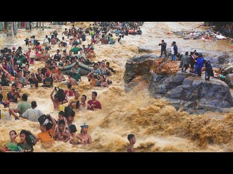 Turkey is sinking! Heavy flooding has hit the city of Artvin!