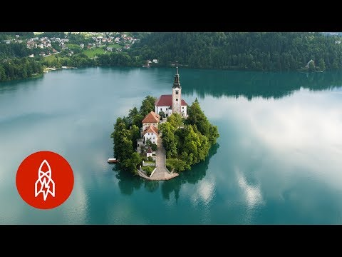 In the Slovenian Alps, an Island on an Emerald Lake Beckons