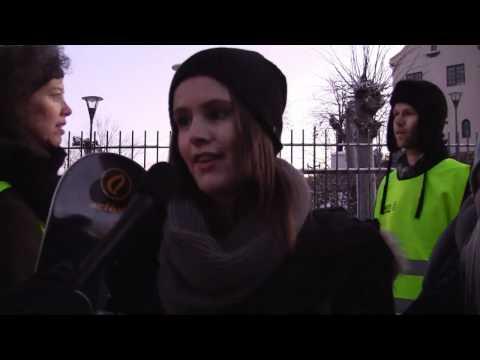 Demonstrasjoner Utenfor Kinas Ambassade