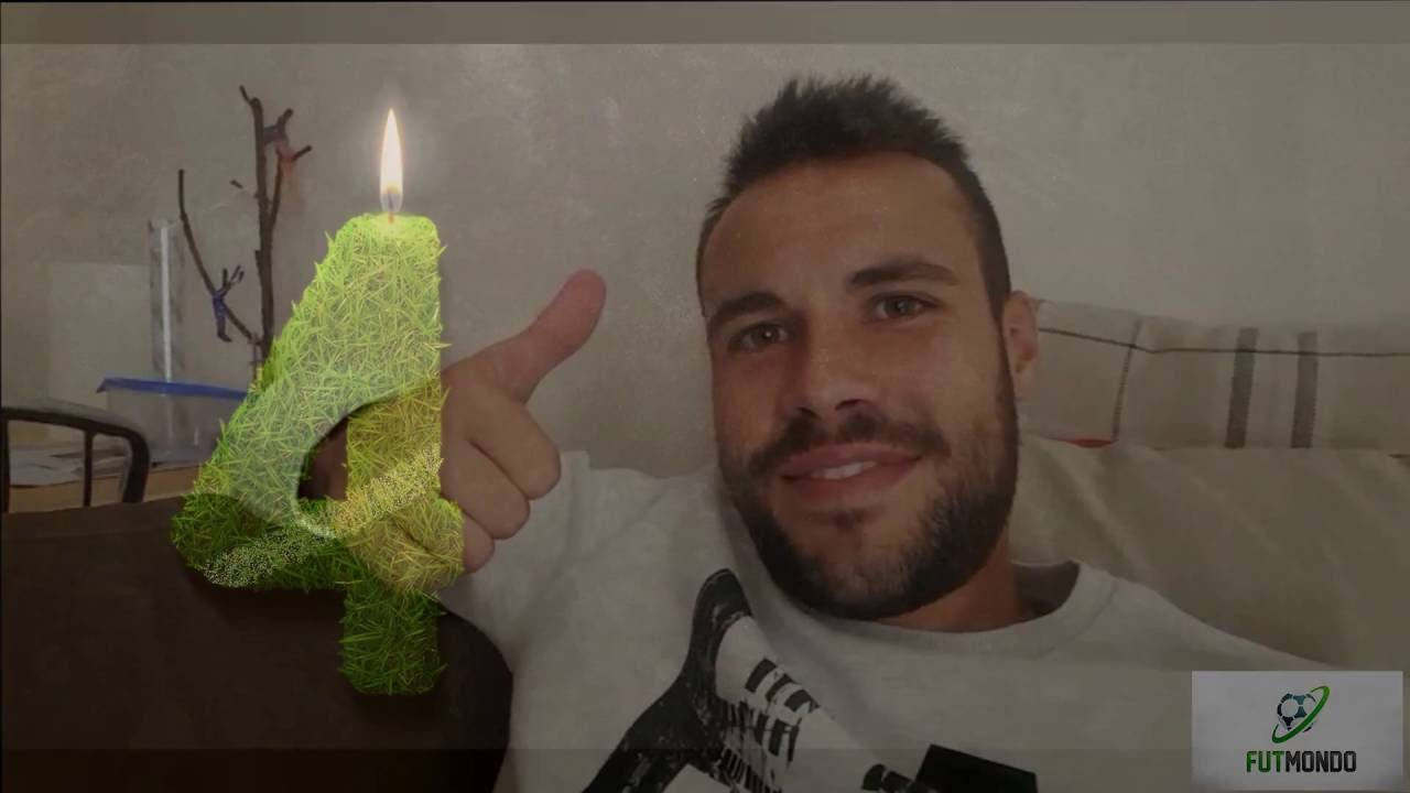 Futmondo cuarto aniversario youtube for Cuarto aniversario