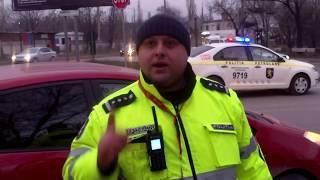 Poliţia de la pod joacă teatru în faţa camerei - Curaj.TV