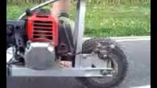 Trotinette a moteur thermique 49 cc