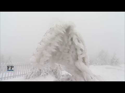 Bizarre Eiswelt auf dem Fichtelberg