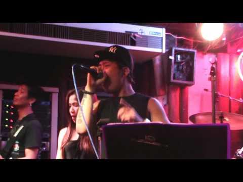 COUNTRY ROAD, BANGKOK featuring GIGI
