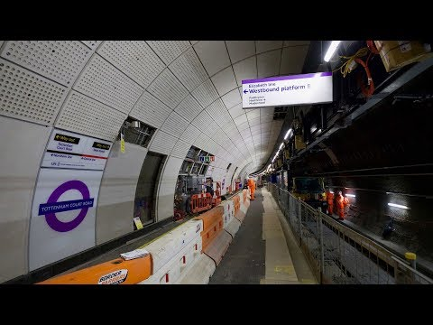 Crossrail railway systems: Platform screen doors installed at Tottenham Court Road