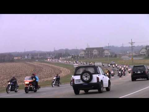 Toys 4 Tots McHenry Illinois 11-21-2010 Pt 1 Motorcycle run