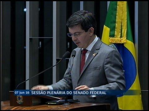 Randolfe Rodrigues pede prioridade no governo para as universidades públicas