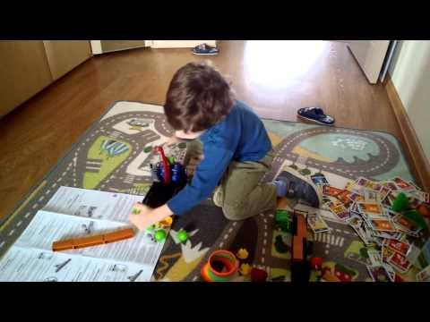 Играем в настольную игру Angry Birds (Вадим, 5 лет)