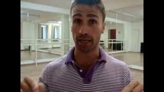 Как научиться танцевать в клубе, не выходя из дома.(Хотите научиться классно танцевать в клубе прямо дома? Подпишитесь на бесплатный видео курс http://idanceacademy.ru/..., 2013-06-24T19:08:28.000Z)