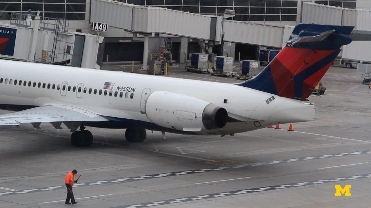 Big data and the delayed flight | NewsCut | Minnesota Public