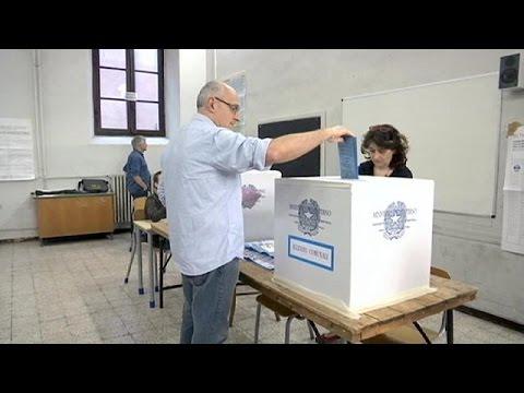 Renzi faces key test as Italy elects new mayors
