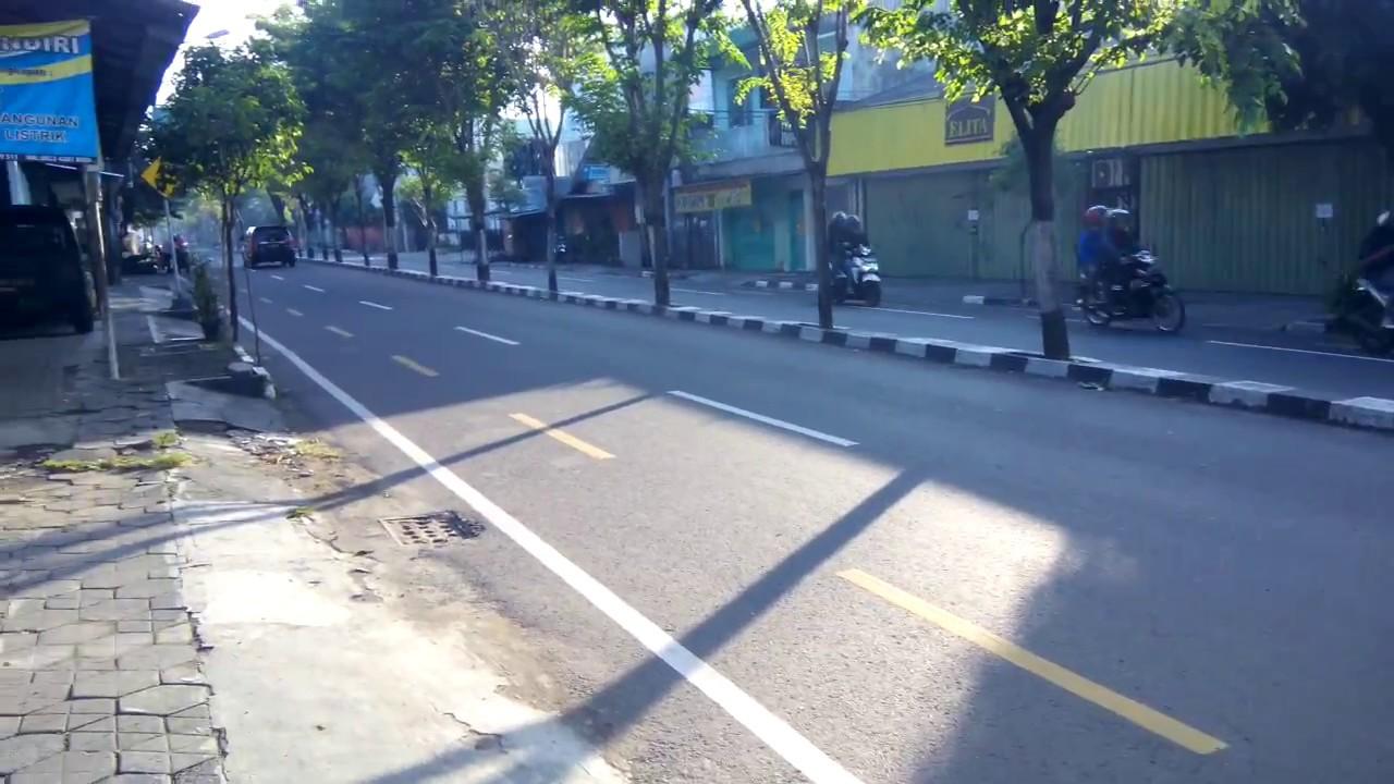 Pagi Hari Di Daerah Wirobrajan Yogyakarta