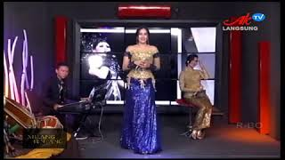 Ghina Mojang Sesah Hilapna