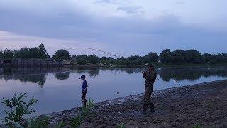 Рыбалка на сома в Астрахани. Первая рыбалка сына