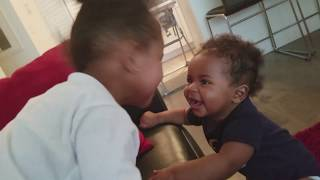 Sister Moments. AAAAAAAWWW!!!