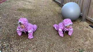 Super cute winter mixed baby twins | bé lai Tây sinh đôi mùa đông siêu dễ thương
