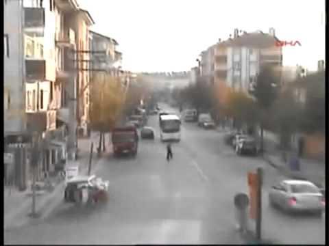Những tai nạn oto trên đường phố